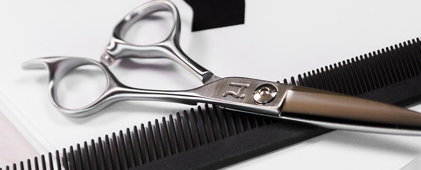 Mamba shear with comb